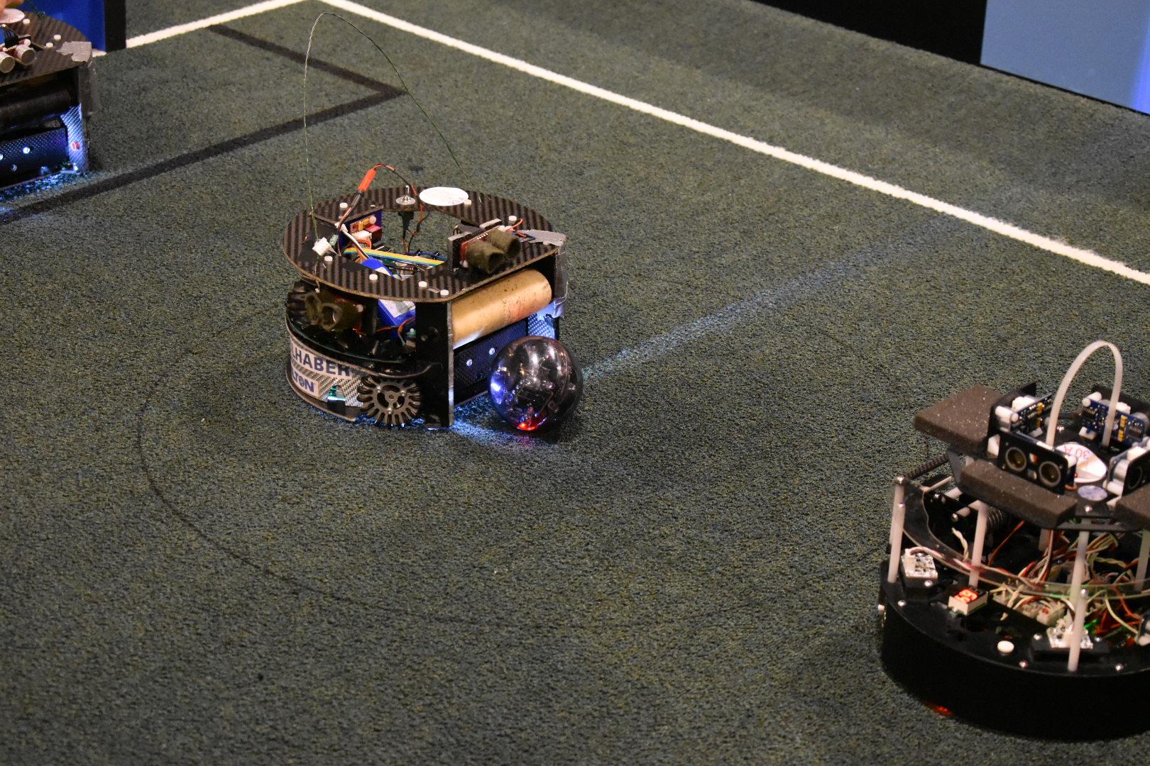 Unser Roboter kurz vor dem Anspiel
